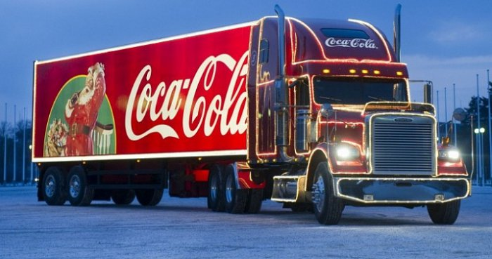 «Рождественский караван Coca-Cola» возглавит воВладивостоке парад Дедов Морозов