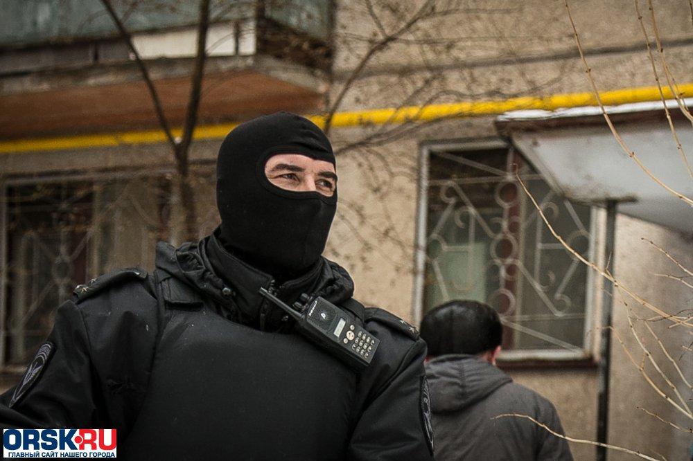 Работники Росгвардии вОрске задержали гаражных преступников