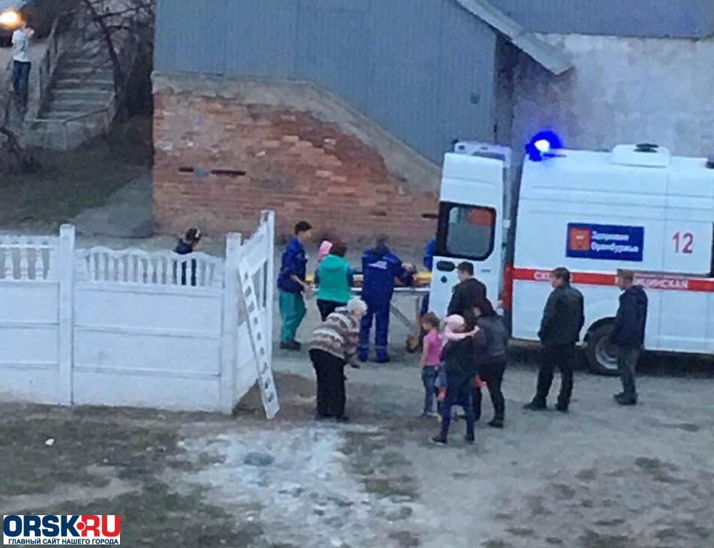 ВОренбургской области бетонная плита упала на5-летнего ребенка