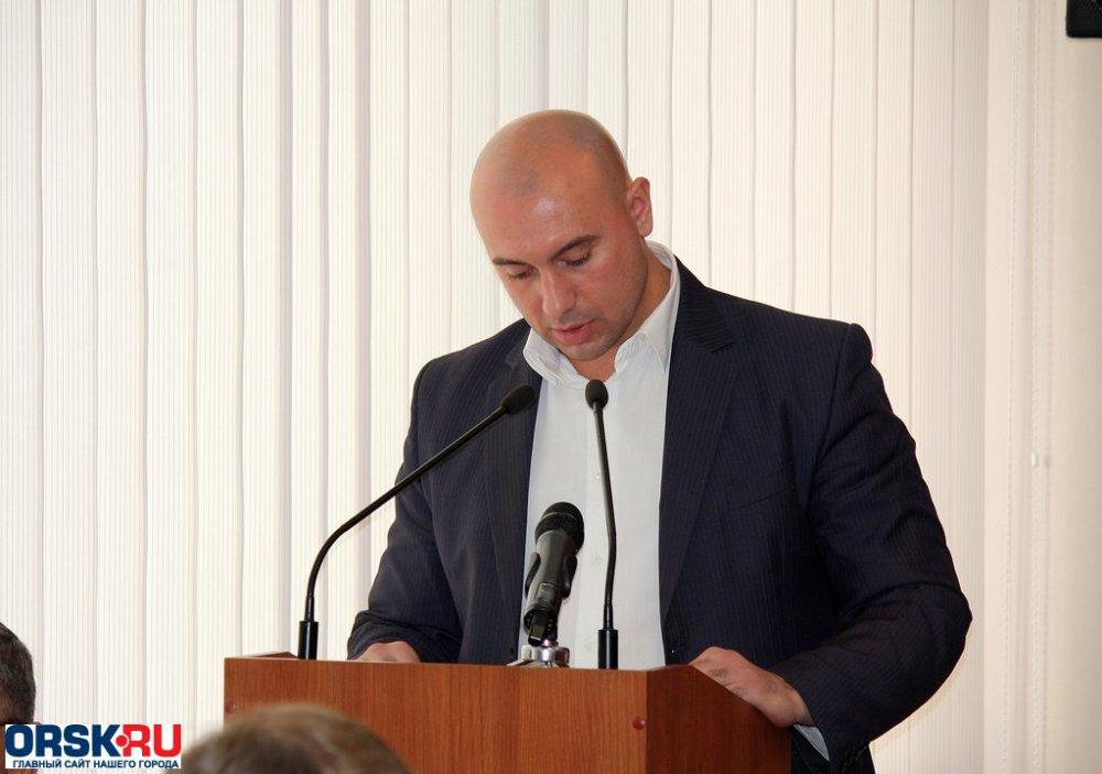 ВОренбургской области начальник УЖКХ администрации города Орска подозревается вполучении взятки
