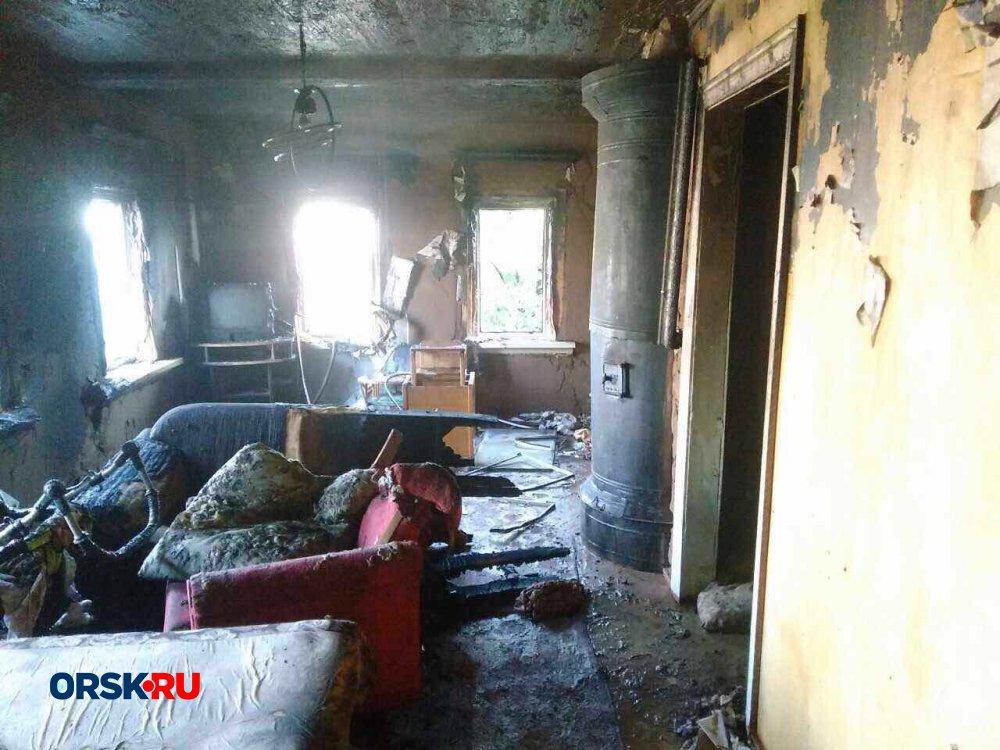 Впожаре  вОренбурге погибла многодетная семья