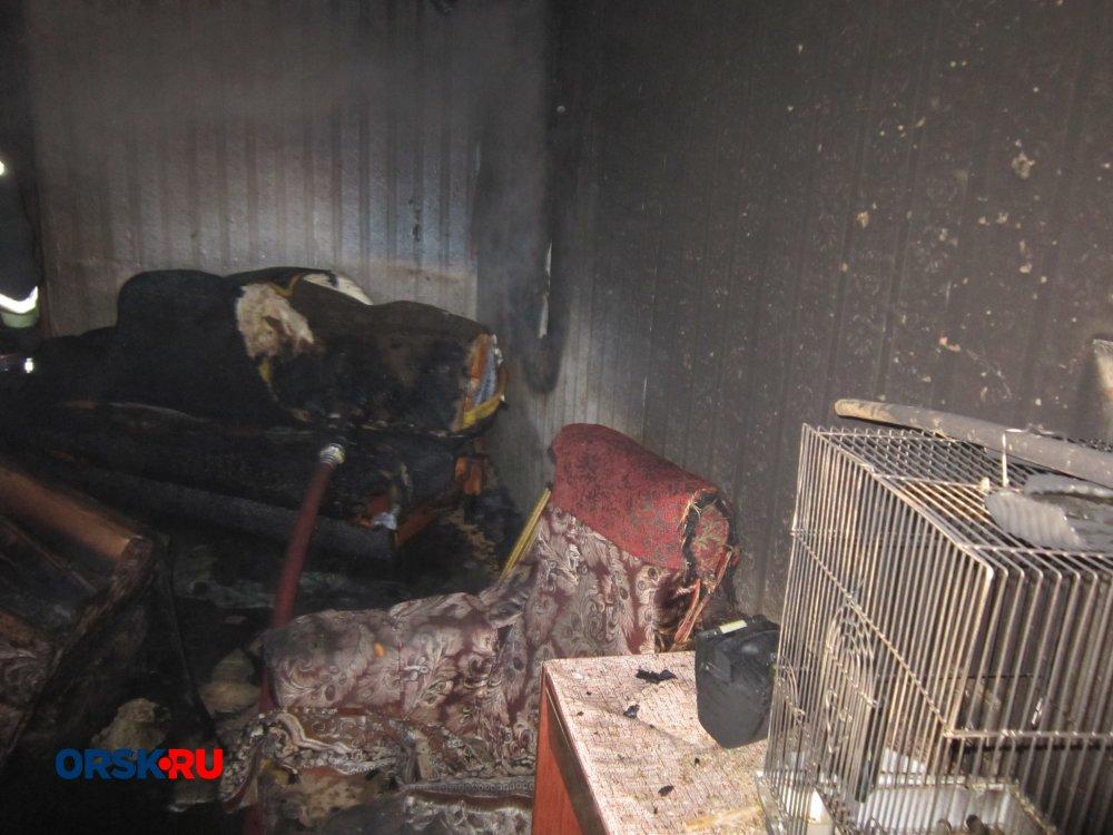 Горящая баня стала предпосылкой пожара вжилом доме вОренбуржье
