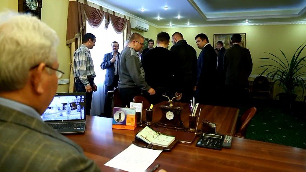 Еще несколько участников скандального клипа оренбургского минлесхоза ушли сгосслужбы