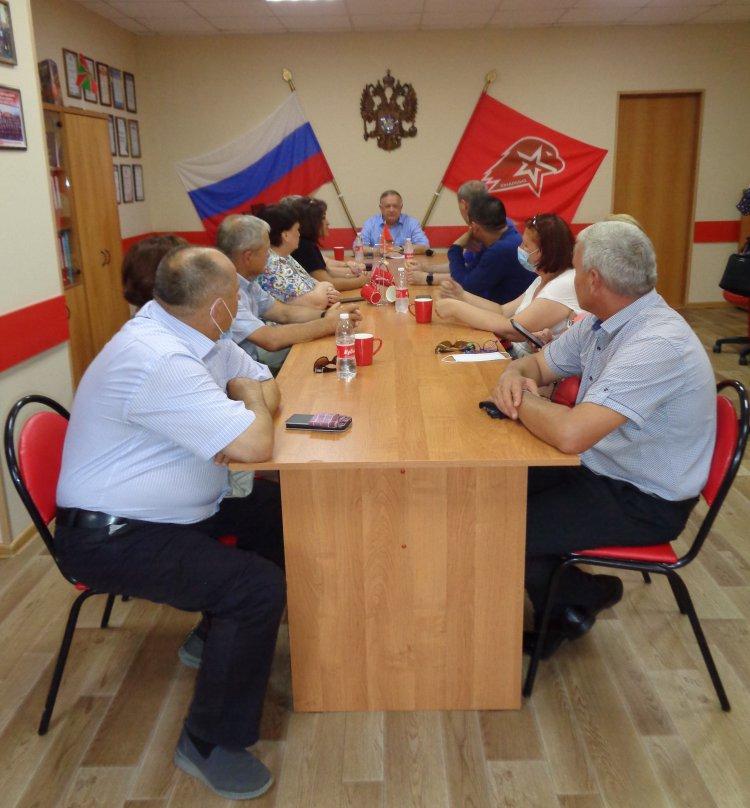 Виктор Заварзин посетил Ясный и ЗАТО «Комаровский»